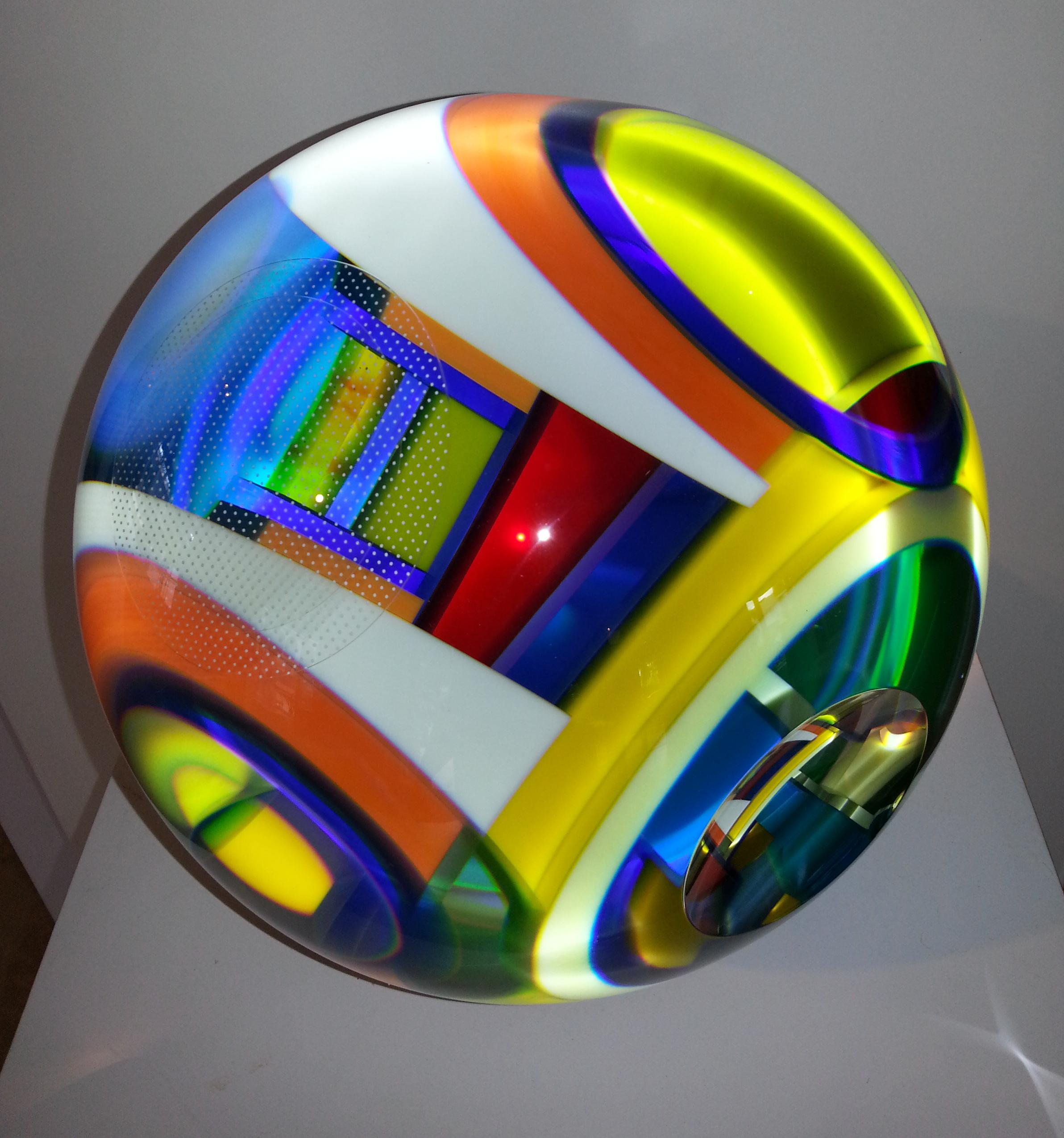 glass sculpture by David Huchthausen