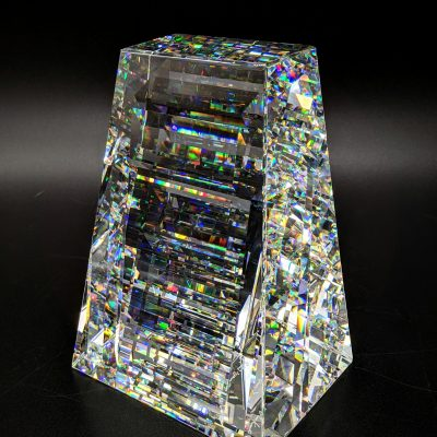 Jon Kuhn glass sculpture