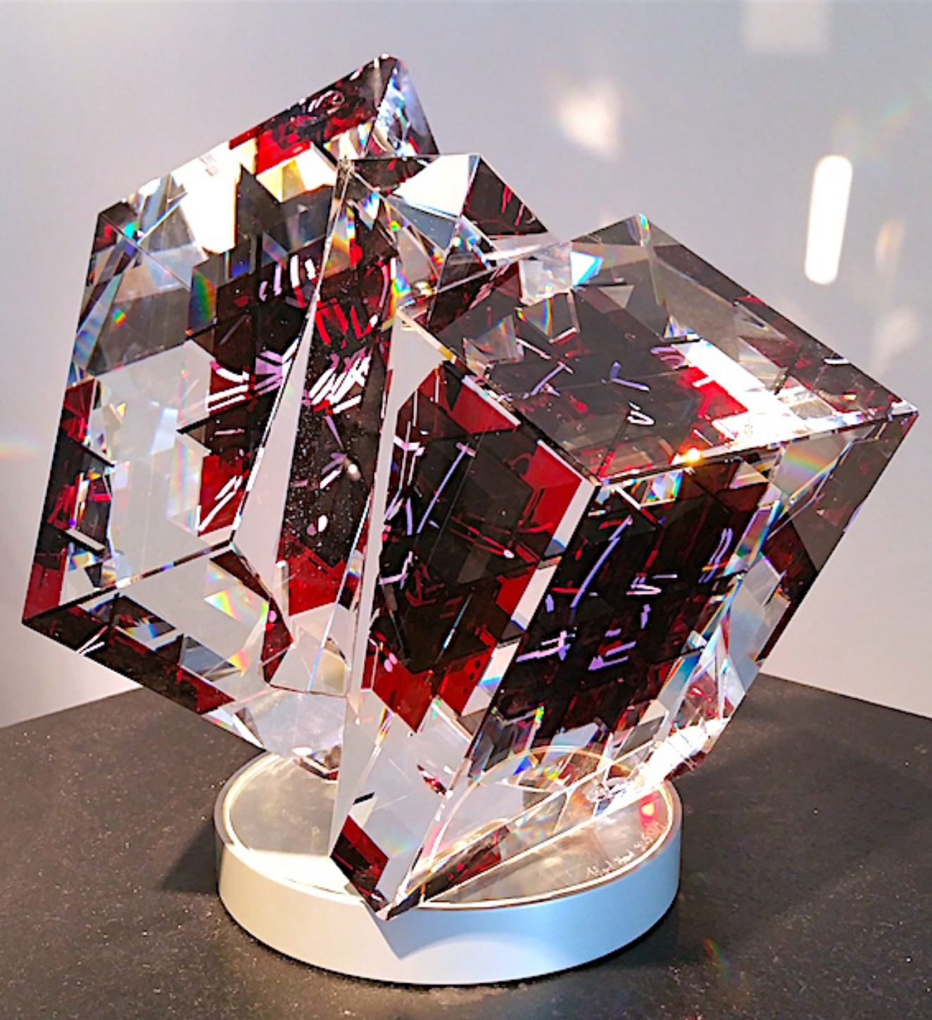 Polished and laminated glass sculpture by artist Toland Sand