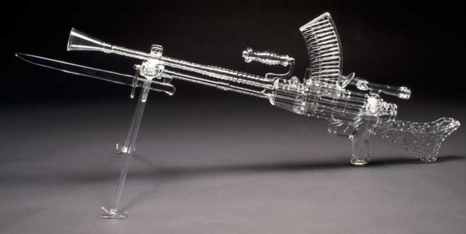 Clear flamewoked glass machine gun by Robert Mickelsen