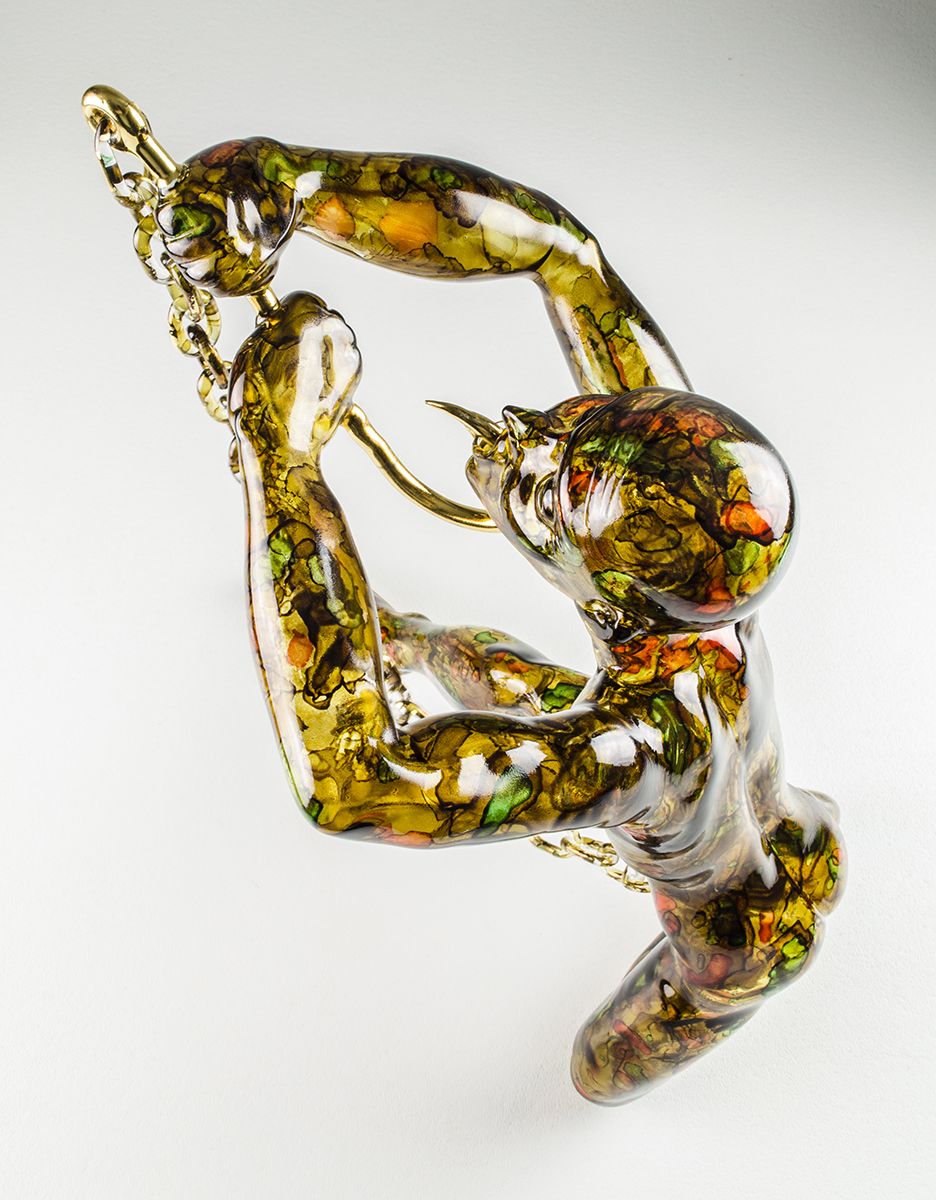 Figurative glass sculpture by Robert Mickelsen