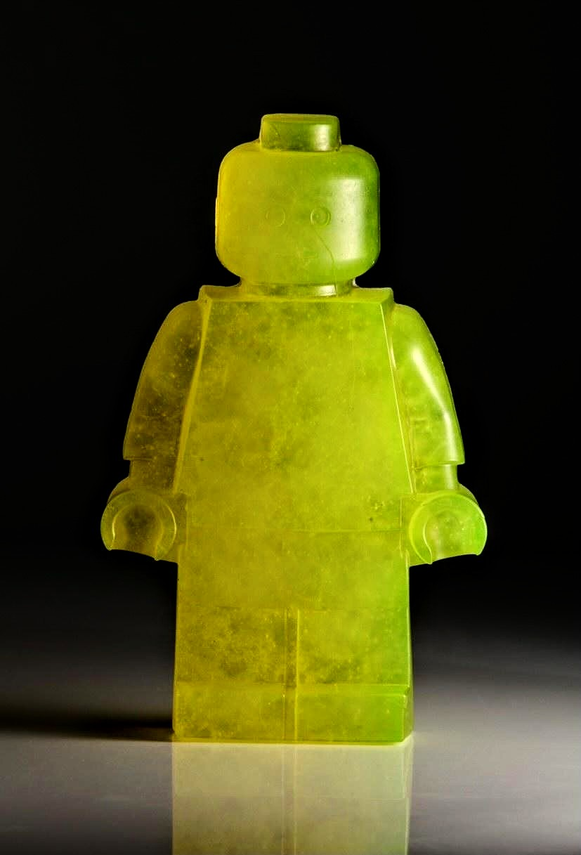 Hannah Gibson glass sculpture