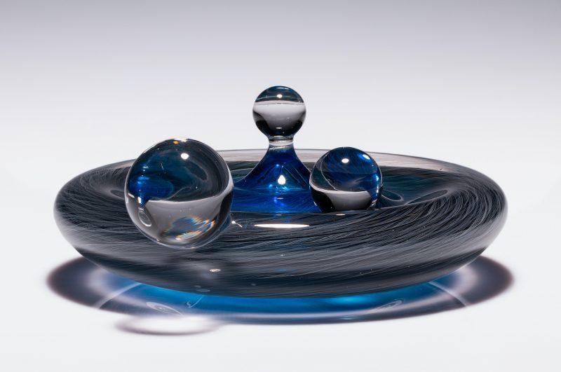 Eli Cecil glass sculpture
